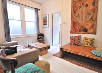 Thumbnail 1 bed flat to rent in Gladstone Avenue, Wood Green, London
