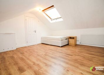 Room to rent in St. James's Road, Croydon CR0