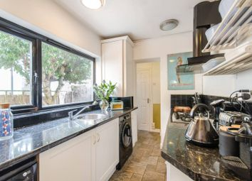 1 bed maisonette to rent in Cumberland Road, Ealing, London W7