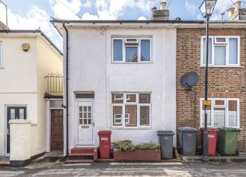 Slough, Berkshire SL1. 2 bed semi-detached house for sale