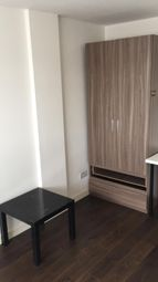 Thumbnail Room to rent in Eric Street, Mile End London
