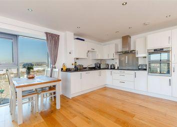 2 bed flat for sale in Southmead House, Kingman Way, Newbury, Berkshire RG14