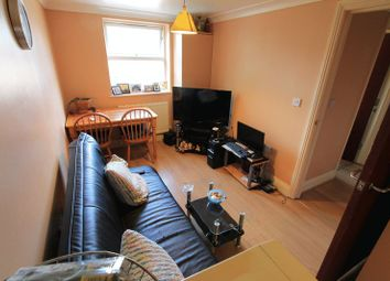 Thumbnail 2 bedroom flat to rent in Sea Road, Boscombe, Bournemouth