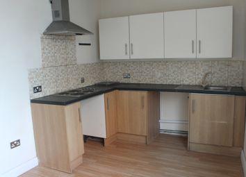 Thumbnail 3 bed flat to rent in Gordon Street, Luton