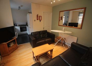 Thumbnail 5 bedroom flat to rent in Westgate Road, Newcastle Upon Tyne
