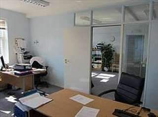 Serviced office to let in Locks Yard, High Street, Sevenoaks TN13