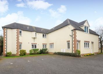 Thumbnail 2 bed flat to rent in Buckingham Road, Bicester