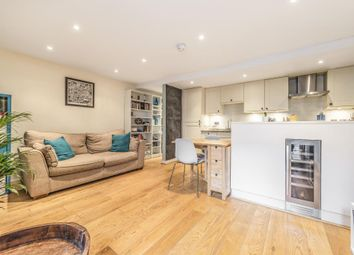 2 bed maisonette for sale in Shrubbery Road, London SW16