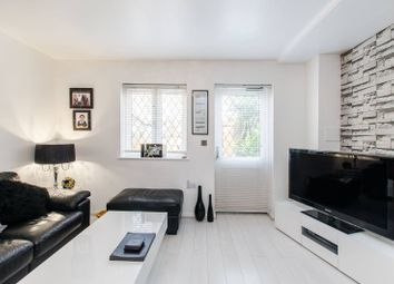 Thumbnail 2 bedroom property for sale in Shaw Crescent, Tower Hamlets