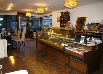 Thumbnail Restaurant/cafe for sale in Baker Street, Weybridge