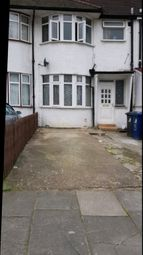3 bed terraced house to rent in Hart Grove, Southall UB1