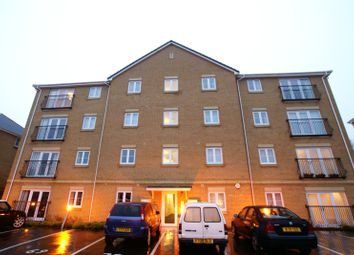2 bed flat to rent in Wyncliffe Gardens, Pentwyn, Cardiff CF23