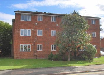 1 bed flat to rent in Ranyard Close, Chessington KT9
