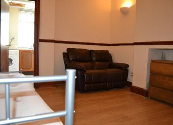 Thumbnail Studio to rent in 37, Woodville, Cathays, Cardiff, South Wales