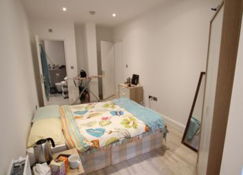 Thumbnail 4 bed shared accommodation to rent in Sphere, Bow