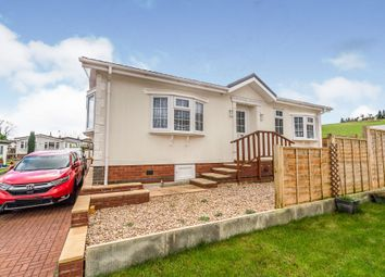 Thumbnail 2 bed mobile/park home for sale in Limit Home Park, Northchurch, Berkhamsted