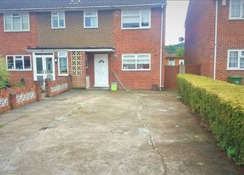 3 bed property to rent in Rushdene, London SE2