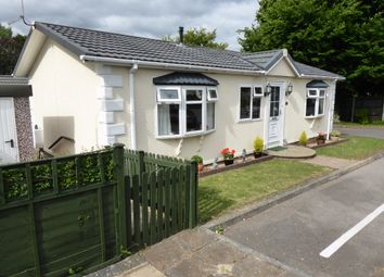 Thumbnail 2 bed mobile/park home for sale in Wykeham Park, Alresford Road, Winchester, Hampshire, 1Hj