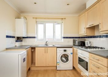 2 bed property to rent in 136 St. Pauls Way, London E3