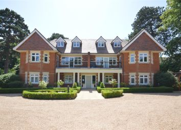 Thumbnail 2 bed flat for sale in Copthill Lane, Kingswood, Tadworth
