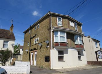 Thumbnail 1 bed flat to rent in Essex Road, Halling, Rochester