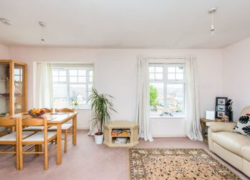 2 bed flat for sale in Baldwin Gardens, Hounslow TW3