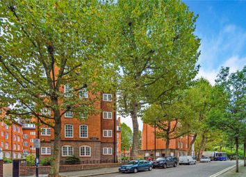 Thumbnail 3 bed flat to rent in Millais House, Marsham Street, Millbank Estate, London