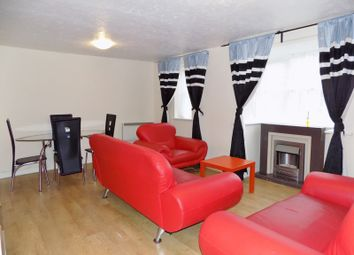 Thumbnail 2 bedroom flat for sale in Lee Close, New Barnet, Hertfordshire