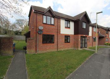 Sandringham Road, Petersfield, Hampshire GU32. 2 bed flat for sale