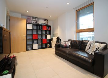 Thumbnail 3 bed flat to rent in Province Square, Streamlight Tower, Canary Wharf