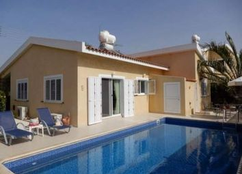 Thumbnail 3 bed villa for sale in Kissonerga, Cyprus