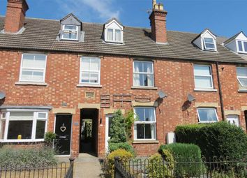 Thumbnail 2 bed terraced house for sale in West Banks, Sleaford