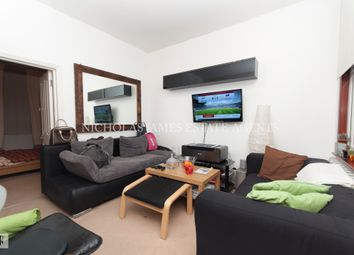 Thumbnail 3 bedroom flat to rent in Wooddlands Park Road, London