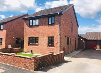 Thumbnail 3 bed detached house for sale in Thornfield Close, Clanfield, Waterlooville