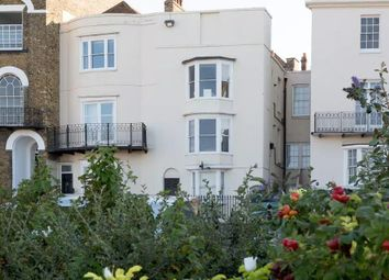 2 bed flat to rent in Albert Terrace, Margate CT9