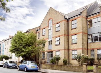 Thumbnail 2 bed property to rent in Horton Road, London
