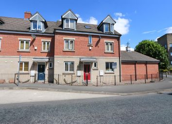 Thumbnail 4 bed town house for sale in Brookfield Mews, Chatsworth Road, Brampton, Chesterfield