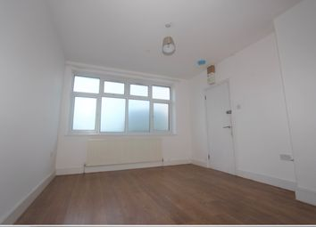 Thumbnail Studio to rent in Rodean Drive, Enfield