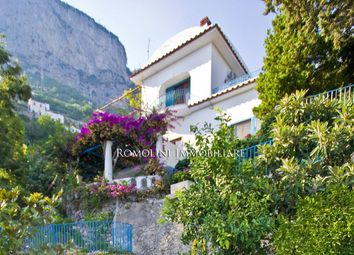 Thumbnail 6 bed villa for sale in Amalfi, Campania, Italy