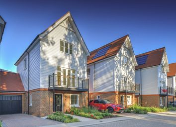Thumbnail 4 bedroom town house for sale in Coppice Drive, Dunton Green, Sevenoaks