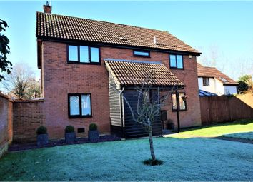 Thumbnail 4 bedroom detached house for sale in Hunters Reach, Bradwell Village