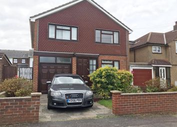 Thumbnail 4 bedroom detached house to rent in Peel Road, Farnborough
