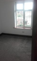 Thumbnail 1 bed flat to rent in Kingfield Road, Woking, Surrey