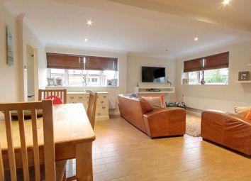2 bed flat for sale in Fishery Road, Hemel Hempstead HP1