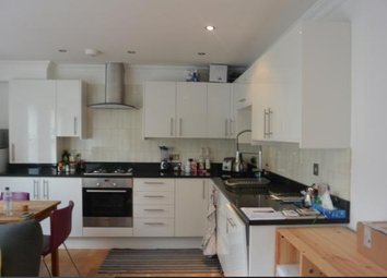 Thumbnail 1 bed flat to rent in Woodseer Street, Shoreditch