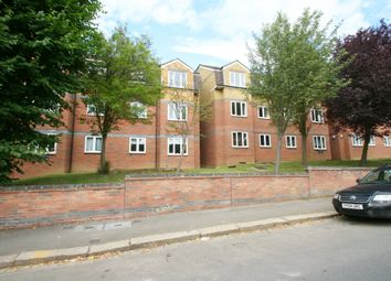 1 bed flat to rent in Park Road, New Barnet EN4
