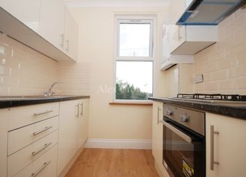 3 bed flat to rent in Perth Road, London N22