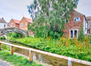 Thumbnail 2 bed flat to rent in High Street, Stokesley