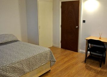 Room to rent in Lower Road, Canada Water SE16