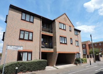 Thumbnail 1 bed flat to rent in Florence Road, Southsea